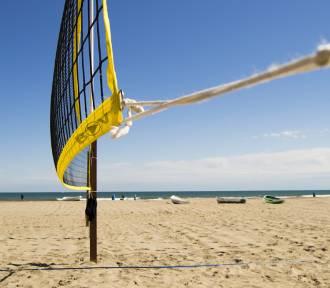 Turniej siatkówki na plaży miejskiej. Zagraj!