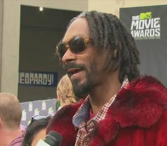 Snoop Dogg miał na lotnisku 422 tys. dolarów w gotówce [wideo]