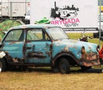 Łączy ich pasja do dziwnych pojazdów [FOTO]