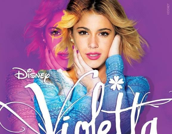 """Podczas koncertu """"Violetta Live"""" wystąpią członkowie obsady serialu z Martiną Stoessel, grającą tytułową Violettę, na czele.   Koncert odbędzie się w TAURON Kraków Arenie, 25 sierpnia 2015 o godz. 19:00."""
