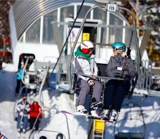 W górach pada śnieg, ale warunki narciarskie są na razie kiepskie