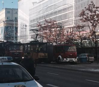Zderzenie tramwajów, Aleje Jerozolimskie. Są ranne osoby