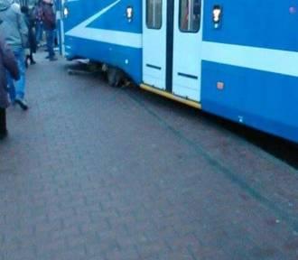 Kraków. Wykoleił się tramwaj na Wadowickiej [ZDJĘCIA INTERNAUTY]