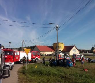 Wypadek w Leśniewie (20.08.2015). Kia z Wejherowa wymusiła piewszeństwo | ZDJĘCIA