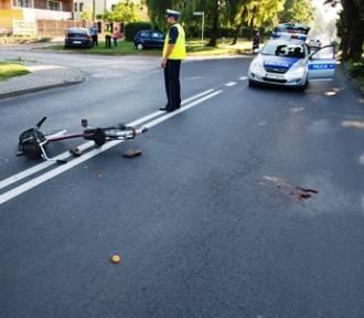W Pajęcznie osobówka potrąciła 68-letnią rowerzystkę