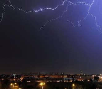 Uwaga - nadciągają burze i deszcz!