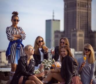 Girls In Da House. Jesienne wietrzenie garderoby w klubokawiarni Miłość Kredytowa 9