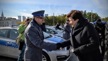 Nowe radiowozy dla policji. Miasto zakupiło 64 pojazdy