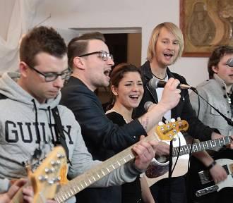 Grudziądzcy muzycy nagrali pastorałkę i teledysk. Chcą zbierać pieniądze dla domu dziecka [wideo]
