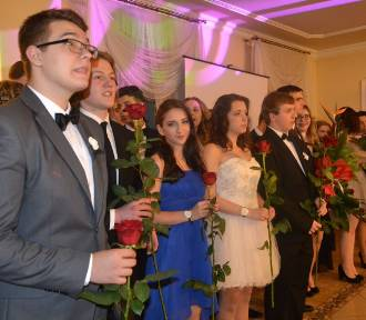 Maturzyści z IV LO zatańczyli poloneza [FOTO]