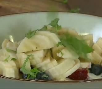 Kasza jaglana z owocami - dobry pomysł na śniadanie