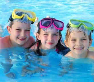 """Trwają zapisy do """"Letniej szkółki pływania"""""""