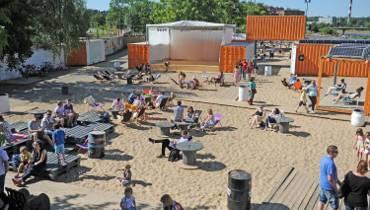 Co słychać na KontenerART i plażach miejskich? [PROGRAM]