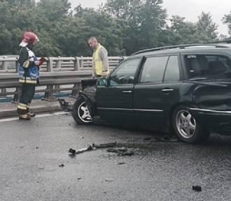 DTŚ w Katowicach: mercedes uderzył w bariery