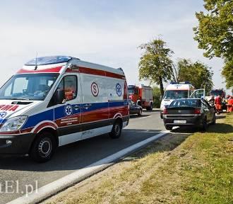 Wypadek w Elblągu. Cztery osoby trafiły do szpitala [ZDJĘCIA]