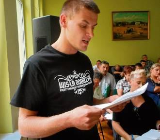 Czy burmistrz Dobrzynia będzie musiał przeprosić kibiców Wisły?