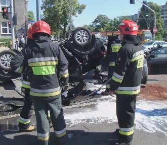Wypadek na skrzyżowaniu Domaniewskiej z Puławską. Siedem osób rannych