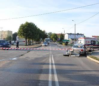 Wypadek w Węgorzewie. Bus zderzył się z samochodem