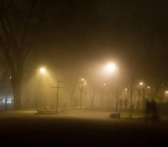 Uwaga kierowcy! Gęsta mgła ograniczy widoczność [POGODA]