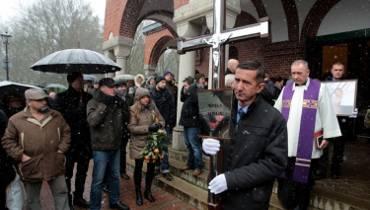 Tłumy pożegnały Monikę Szwaję [zdjęcia]
