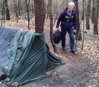 Ale historia! Znalazła bezdomnemu dom i pracę