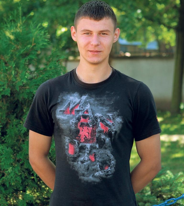 chłopak 17 lat