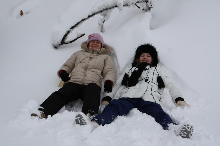 Orzeł na śniegu