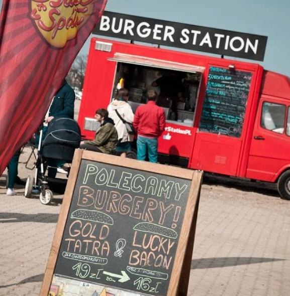Najlepszy Food Truck w Warszawie 2016. Zagłosuj na najpyszniejszą ciężarówkę!