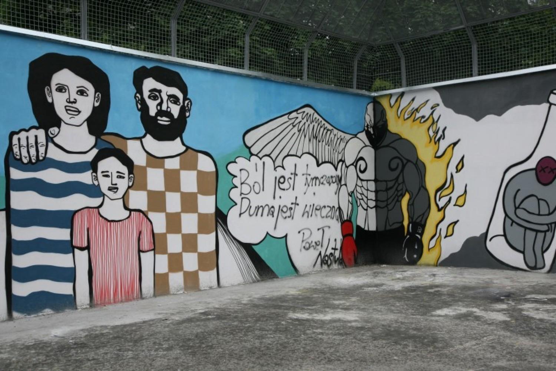 Znani sportowcy i studenci stworzyli mural dla dzieciak w for Mural warszawa 44