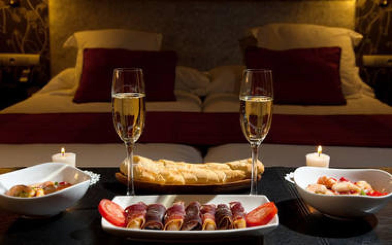 Prezent na walentynki: Romantyczna kolacja