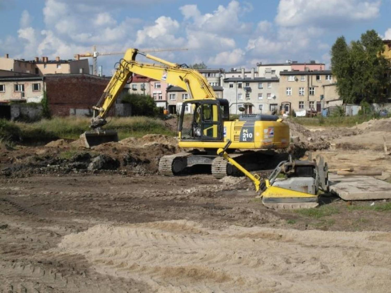 Budowa wstrzymana. Co z pięcioma szkołami na Białołęce?