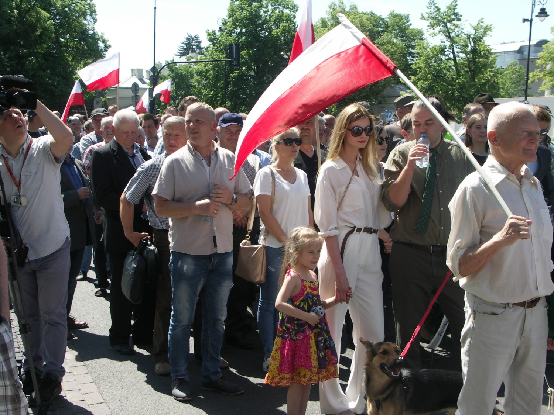 Rolnicy z powiatu krotoszyńskiego manifestowali w Warszawie!