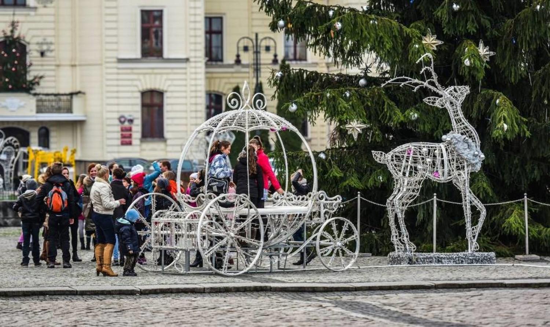 Dewastacja Stary Rynek Bydgoszcz   NaszeMiasto.pl