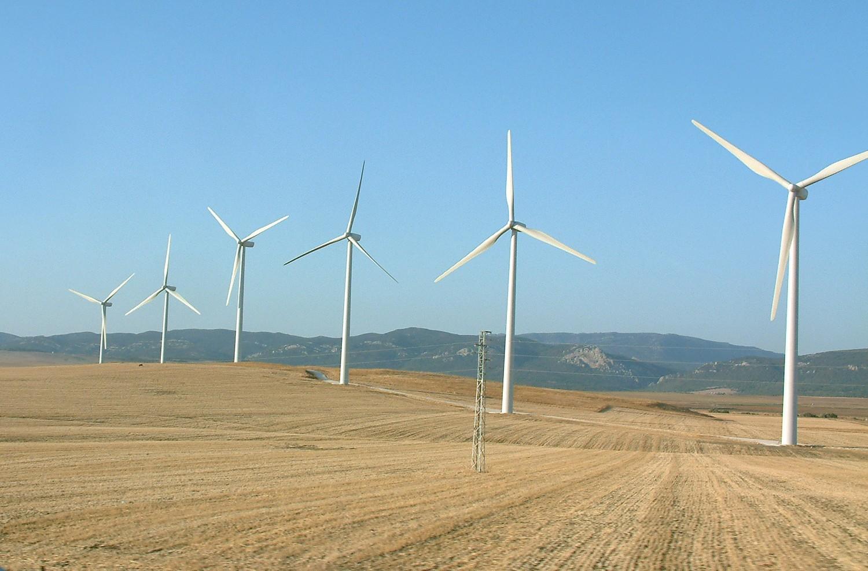 Znalezione obrazy dla zapytania elektrownia wiatrowa