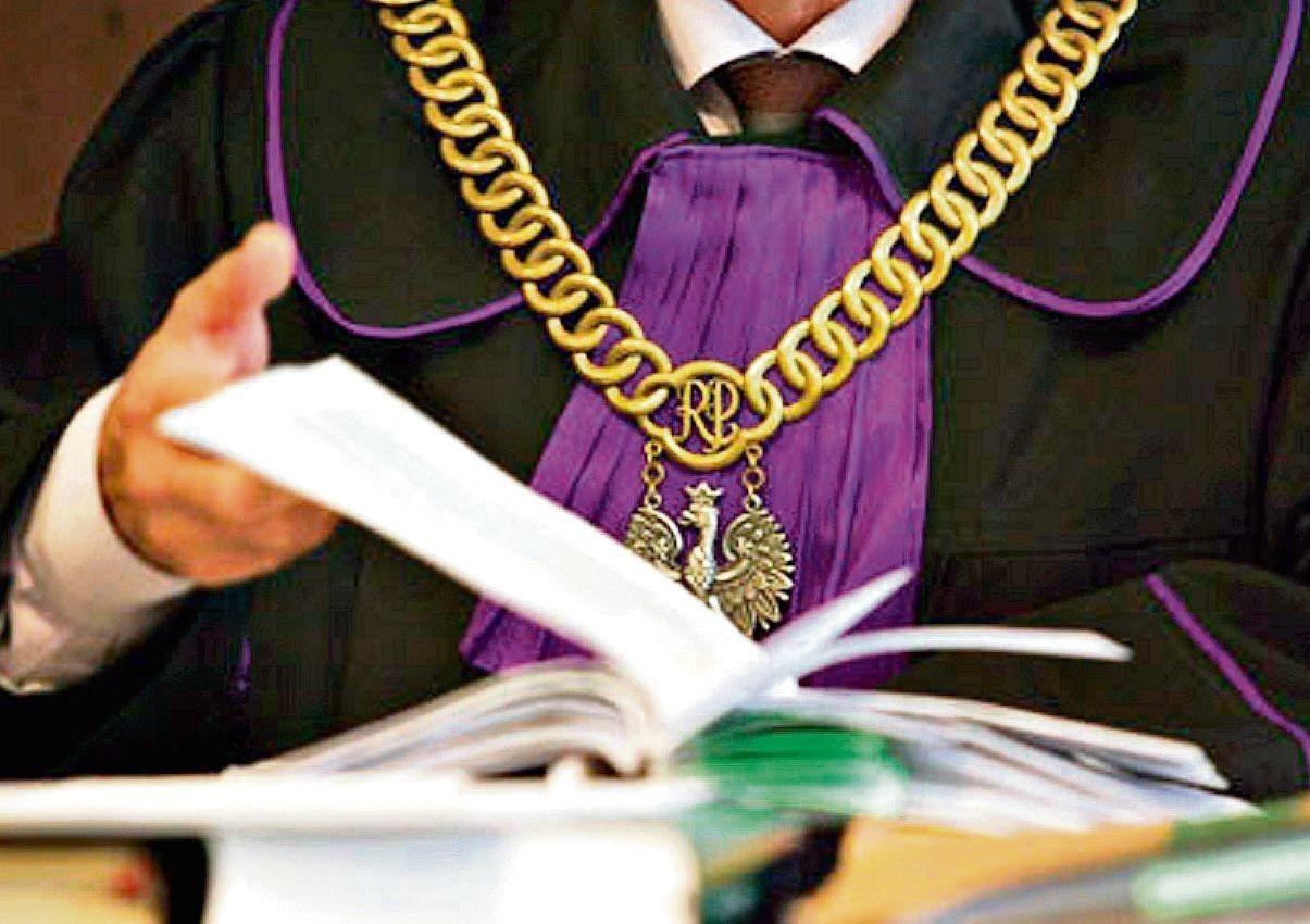 Krzywda wyrządzona ojcu rodzi prawa dla dzieci - precedensowy wyrok Sądu Najwyższego