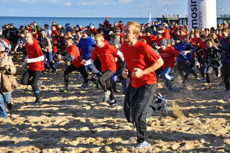 Tak biegali po plaży w Gdańsku w 2012 roku