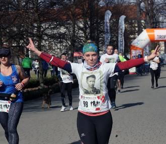 Bieg Tropem Wilczym w Legnicy, wystartowało 250 osób [ZDJĘCIA]