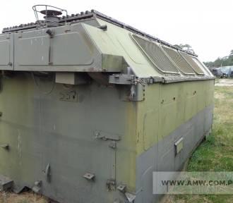 Wojsko sprzedaje sprzęt budowlany. W ofercie m.in. dźwigi i narzędzia