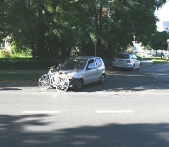 24-latek autem potrącił 81-letniego rowerzystę na ścieżce rowerowej