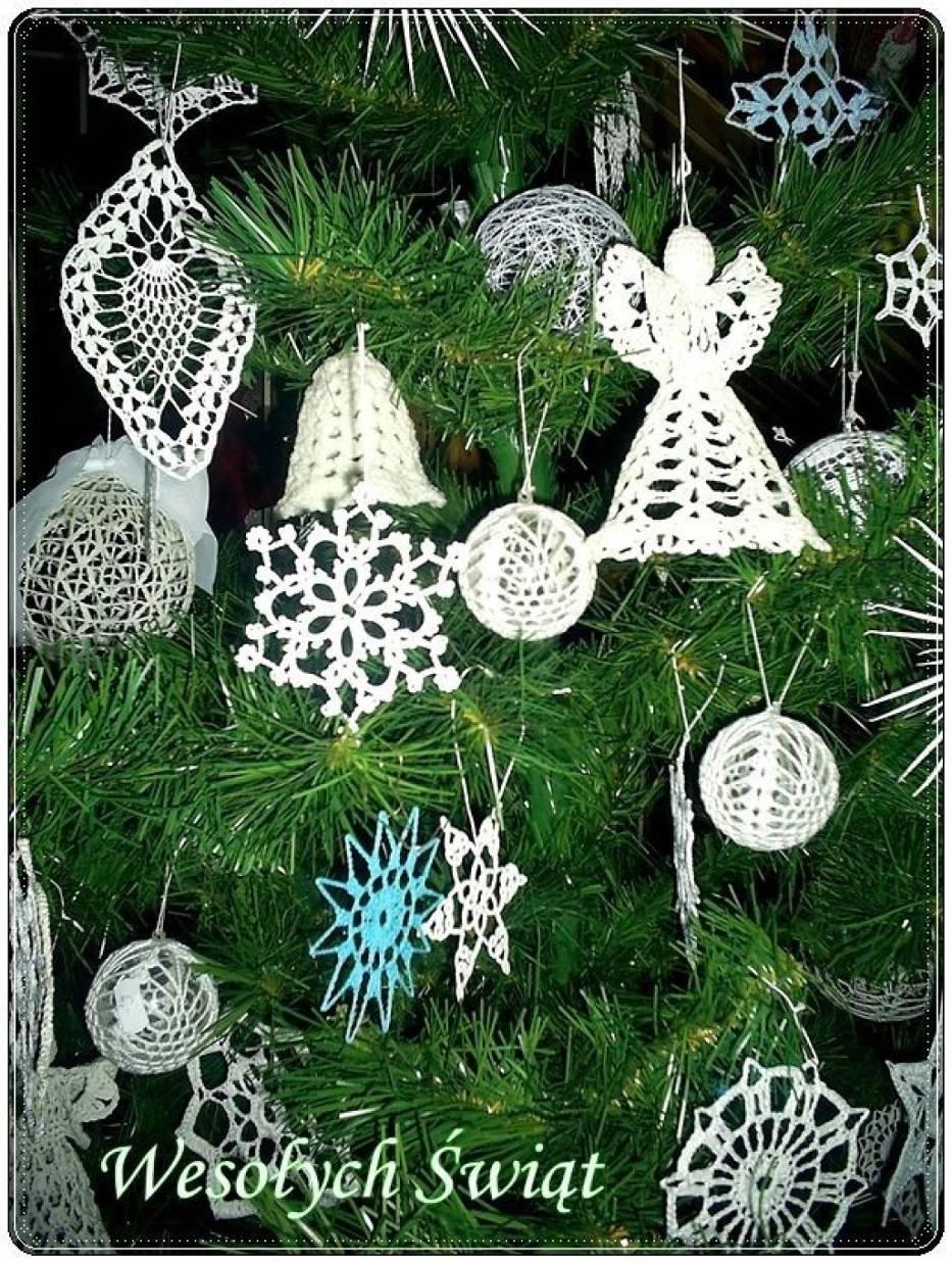 Pełnych ciepła, spokoju i radościŚwiąt Bożego Narodzeniaorazpomyślności i sukcesów w Nowym Roku 2011