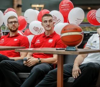 Koszykarze spotkali się z kibicami w Gdańsku