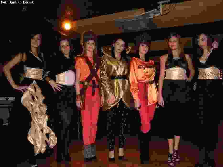 Modelki ze szkoły odzieżowej w Częstochowie