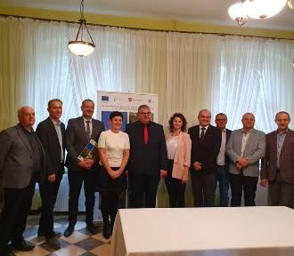 Gmina Czermin z dofinansowaniem na remont drogi w Broniszewicach