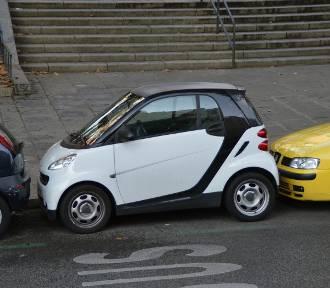 Janusze parkowania - najbardziej wkurzające sytuacje na parkingu
