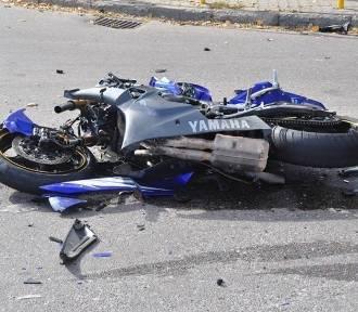 Wypadek osobówki z motocyklem na obwodnicy Świecia