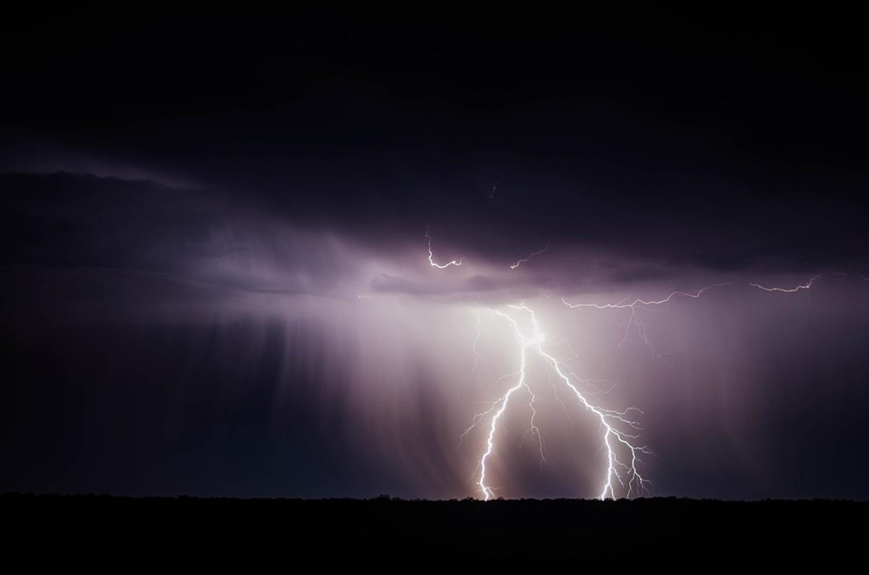 IMGW ostrzega przed burzami w regionie! Może też mocno wiać