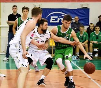 Niepokonany Enea Basket Piła wygrał z Rawią Rawicz [ZDJĘCIA]