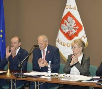 Rada Miejska Sztumu wybrała przewodniczących, burmistrz Leszek Tabor złożył ślubowanie [ZDJĘCIA]