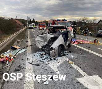 Poszkodowany w wypadku w Rosnówku w stanie krytycznym