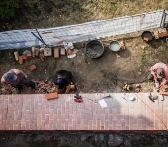 Mury miejskie i bydgoskie spichrze w remoncie [zdjęcia]
